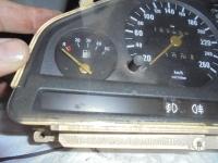 Kombiinstrument / Tacho von BMW für den BMW E 30 (bis 260 km/h)